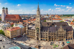 Visitng Munich Marienplatz