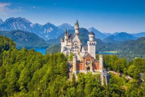 visiting munich Schloss Neuschwanstein a